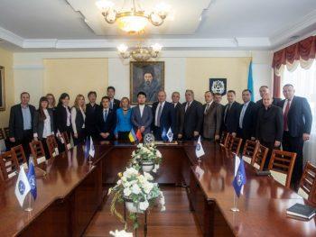 ТНЕУ відвідала делегація з Піднебесної