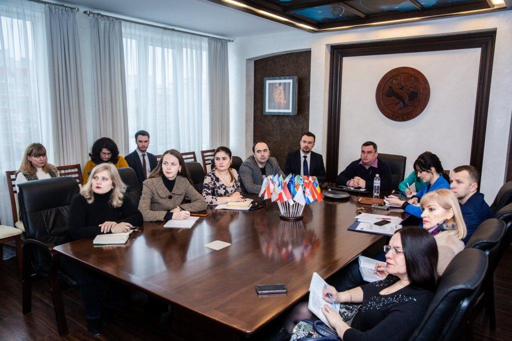 Відбулася тренінгова скайп-сесія «Рекомендації з підготовки проектних заявок за напрямом Програми ЄС Еразмус+ Жан Моне»